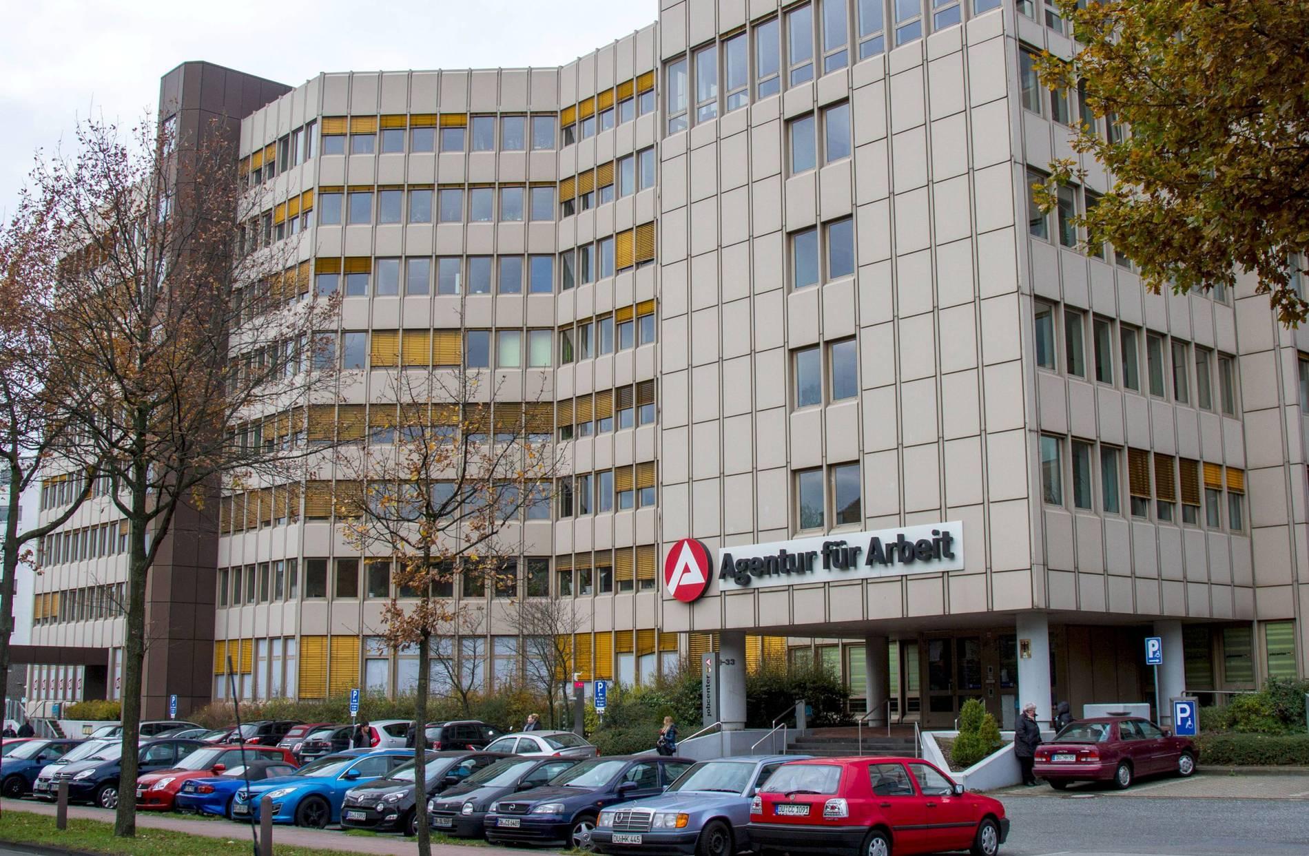 Duisburg Arbeitsagentur Fordert Bewerbung Per Video