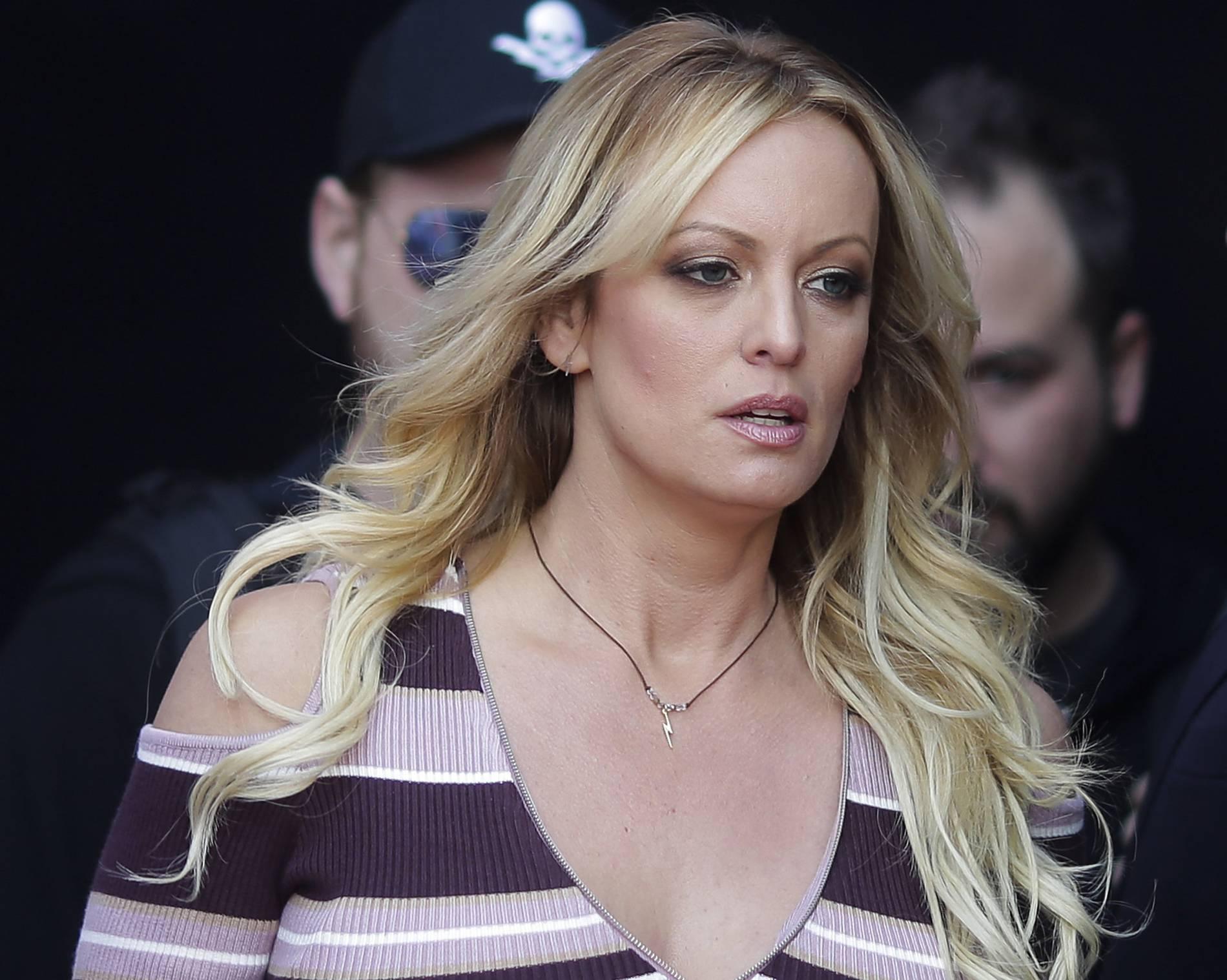Stormy Daniels muss Trump Anwaltskosten von knapp 300.000 Dollar erstatten