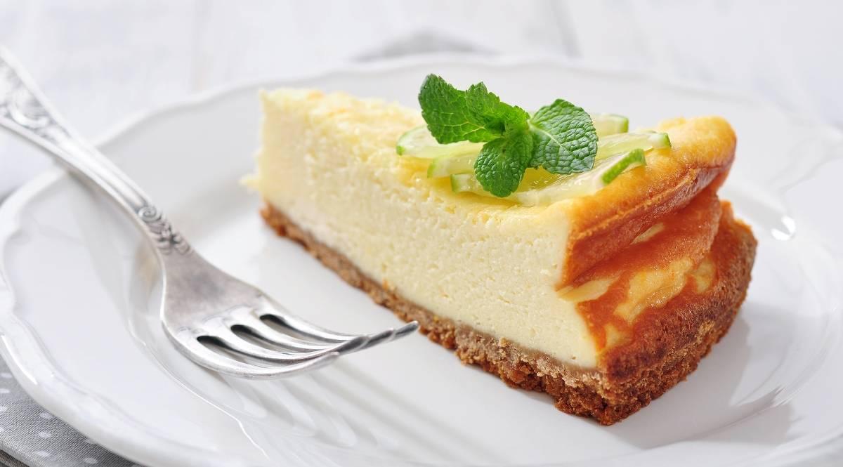 Köstlicher Käsekuchen: So fällt der Kuchen nicht in sich zusammen