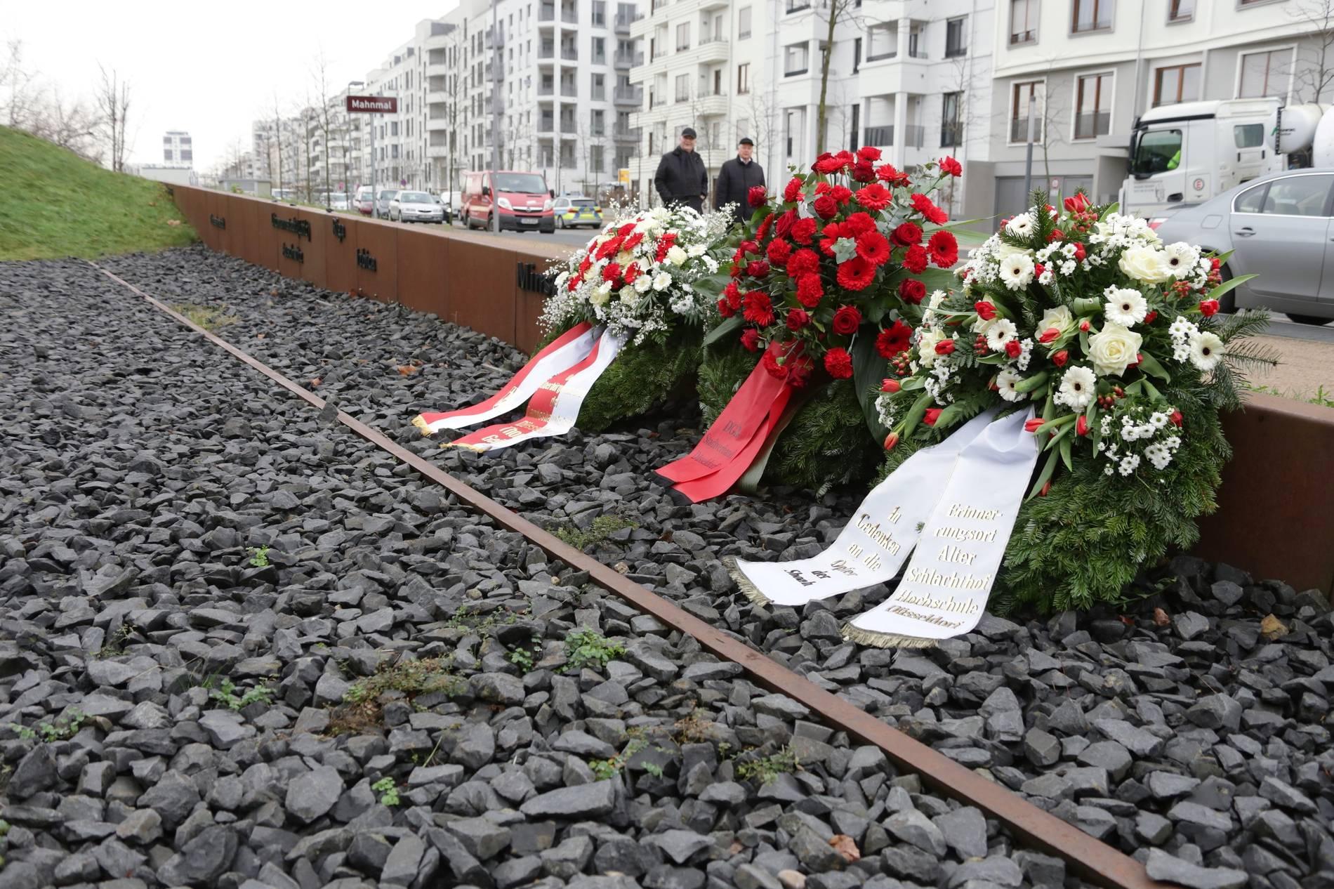 Holocaust Gedenktag 27januar 2018 In Düsseldorf Bastian Fleermann