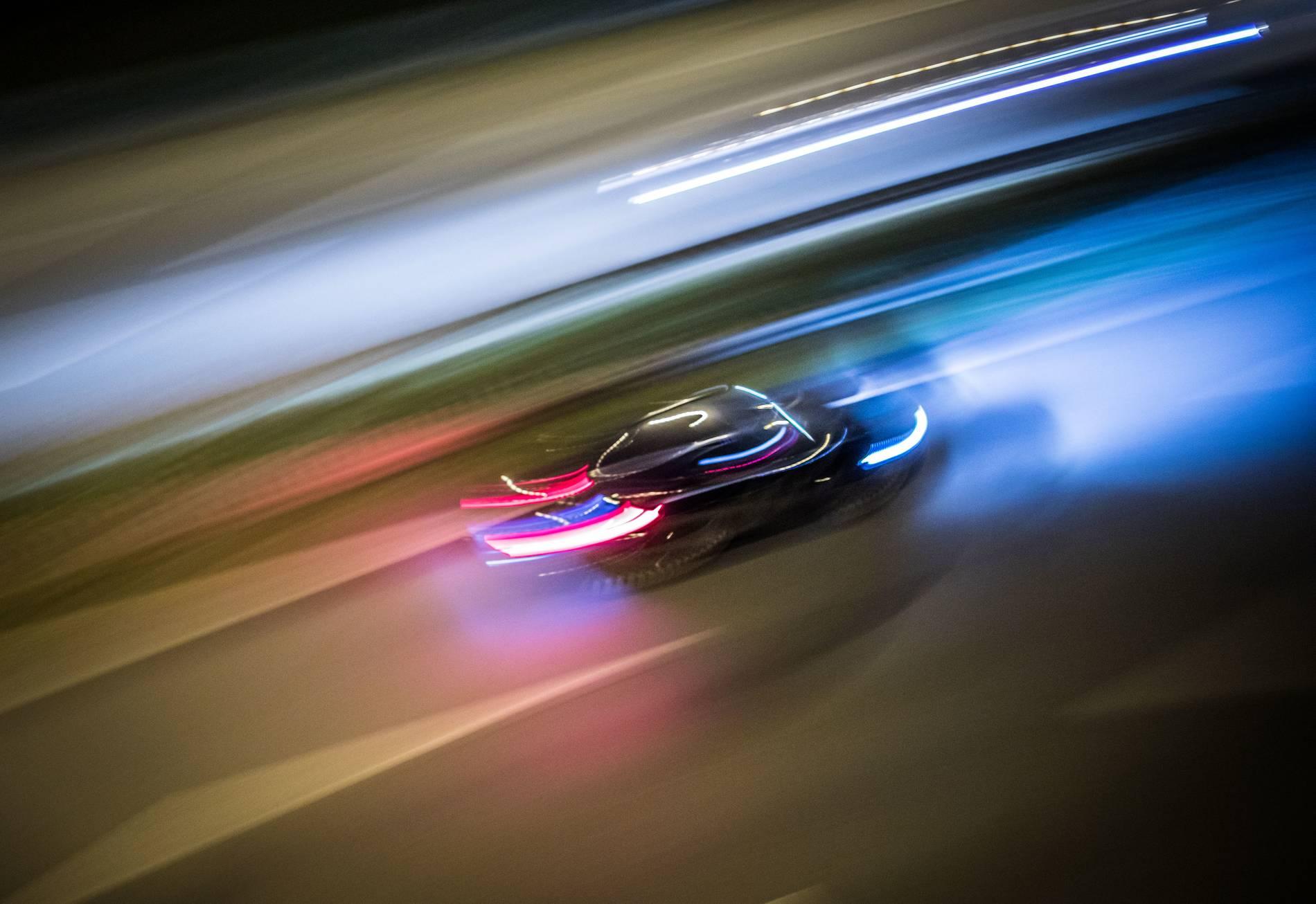 Null Toleranz Strategie Polizei Stoppt Illegales Autorennen In Hilden