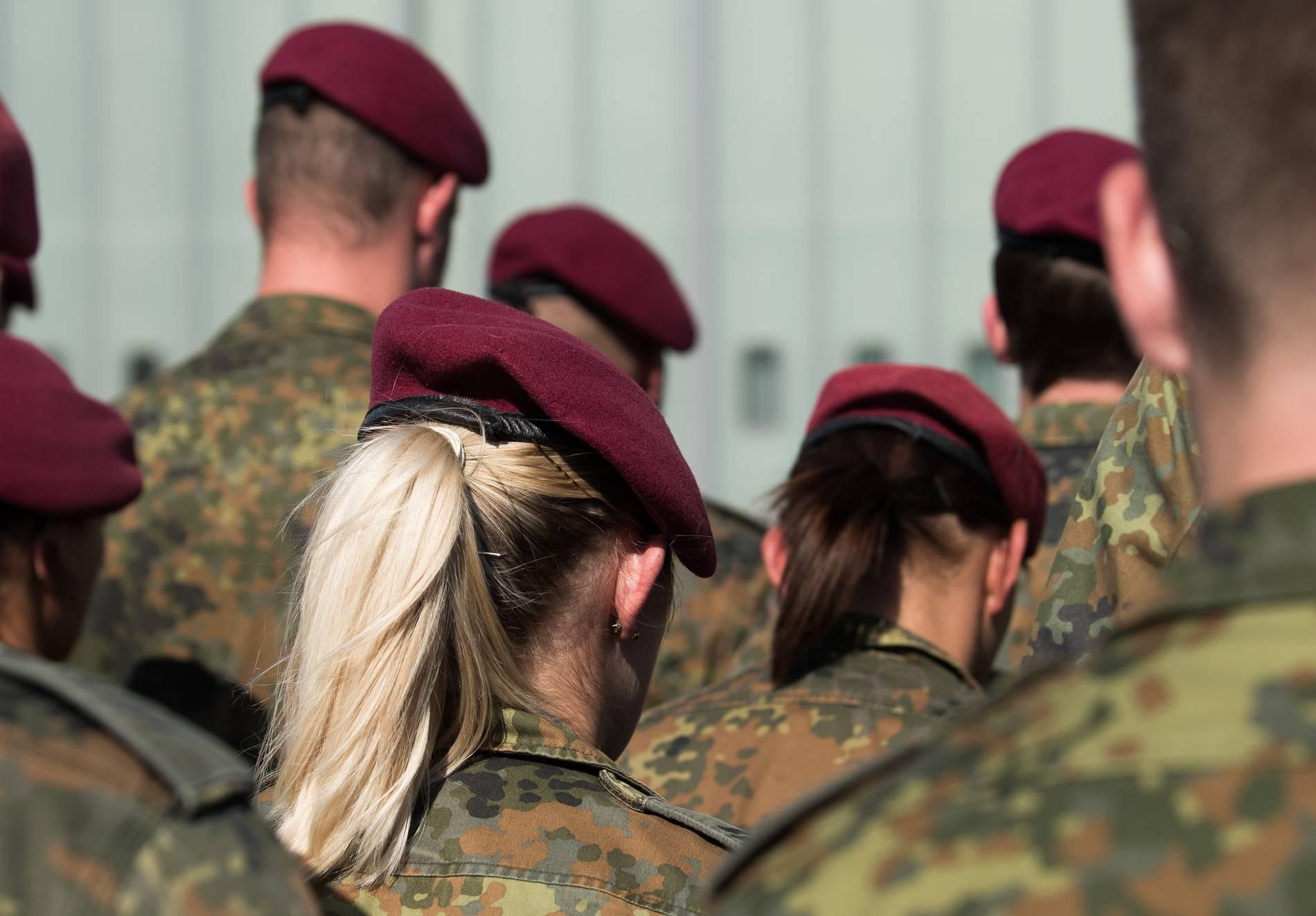 Gibt es eine Dating-Website für Soldaten