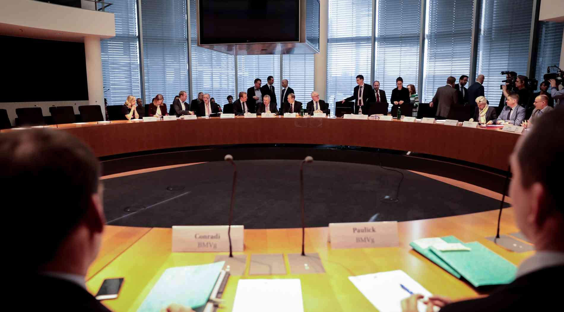 Bundesregierung gibt 720 Millionen Euro für externe Berater aus