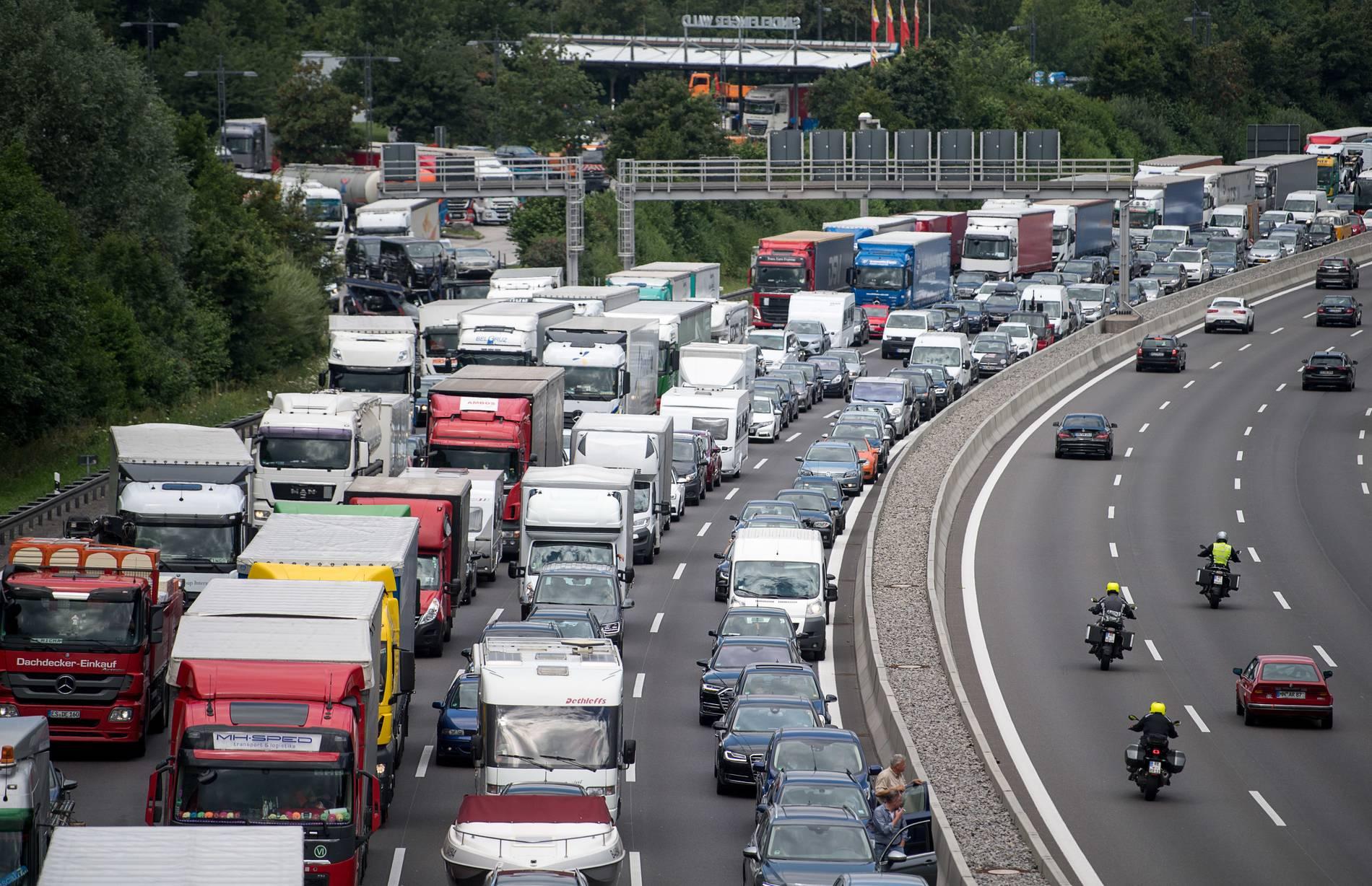 Verkehr A46