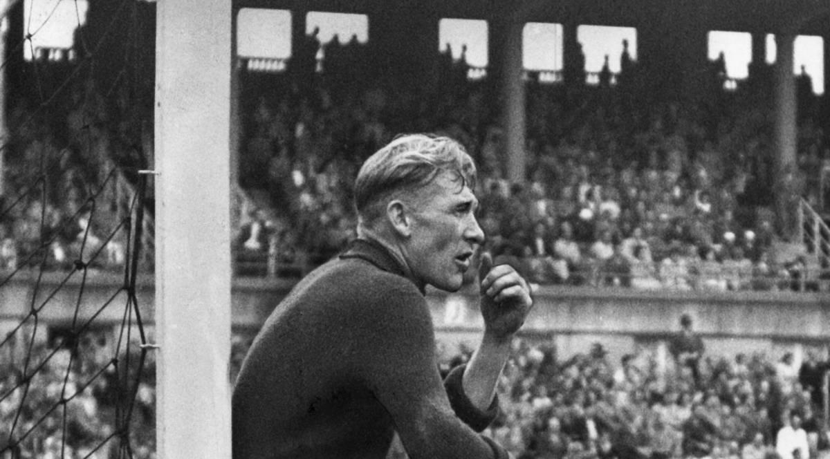 Vom Vorzeige-Nazi zum Fußball-Helden in England