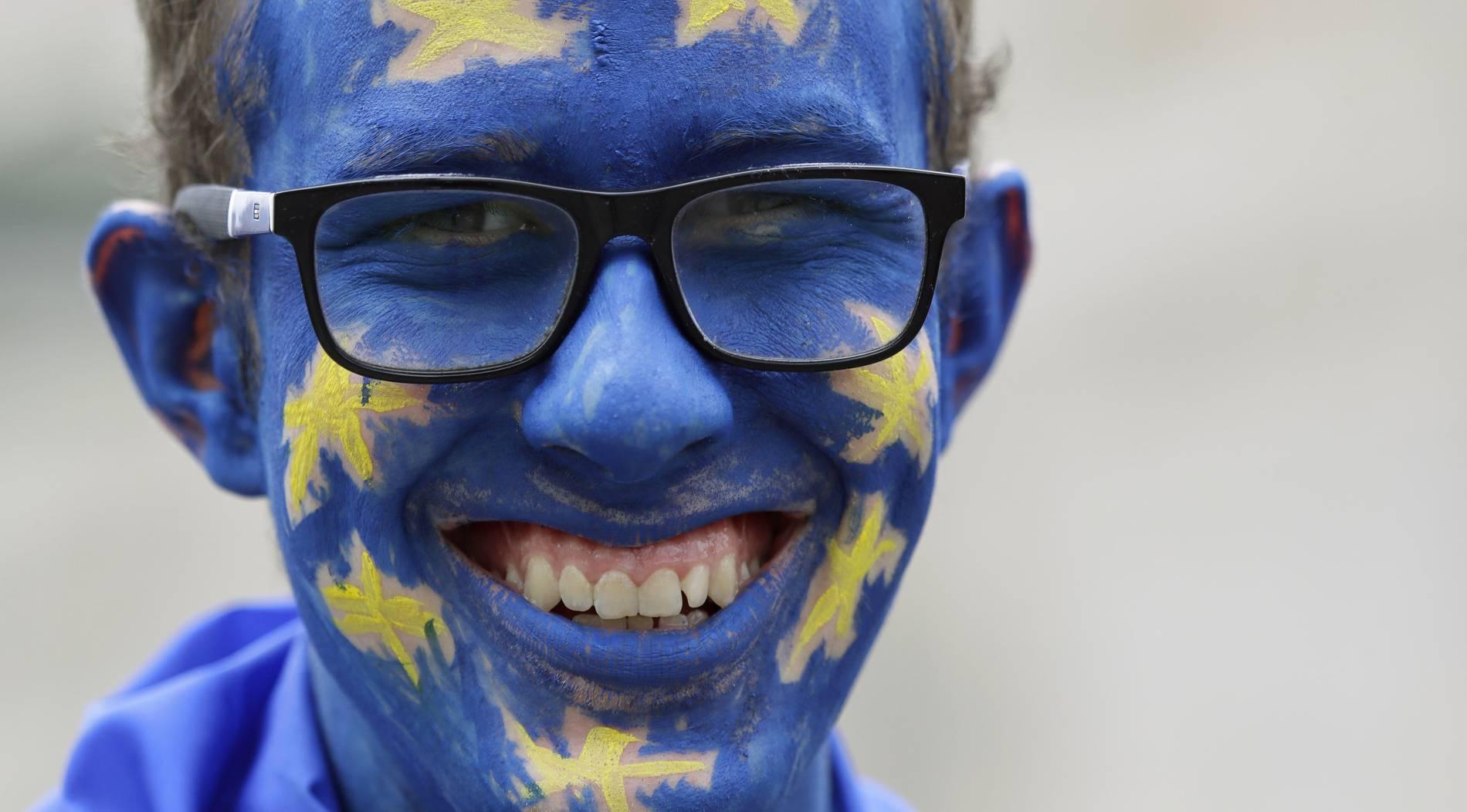 Millionen Briten unterzeichnen Petition gegen Brexit