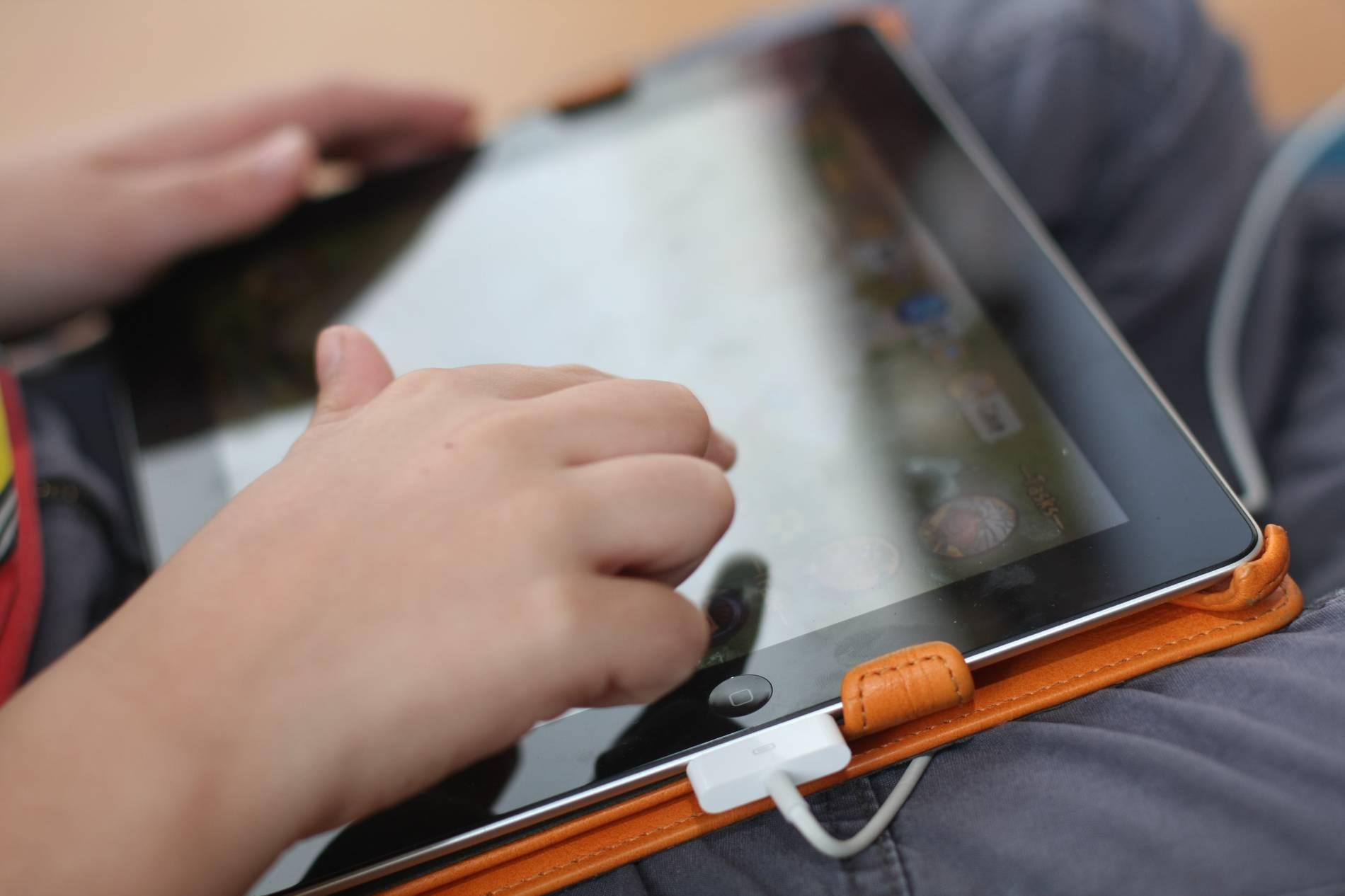 Kinder und Technik: Dreijähriger sperrt iPad für 48 Jahre