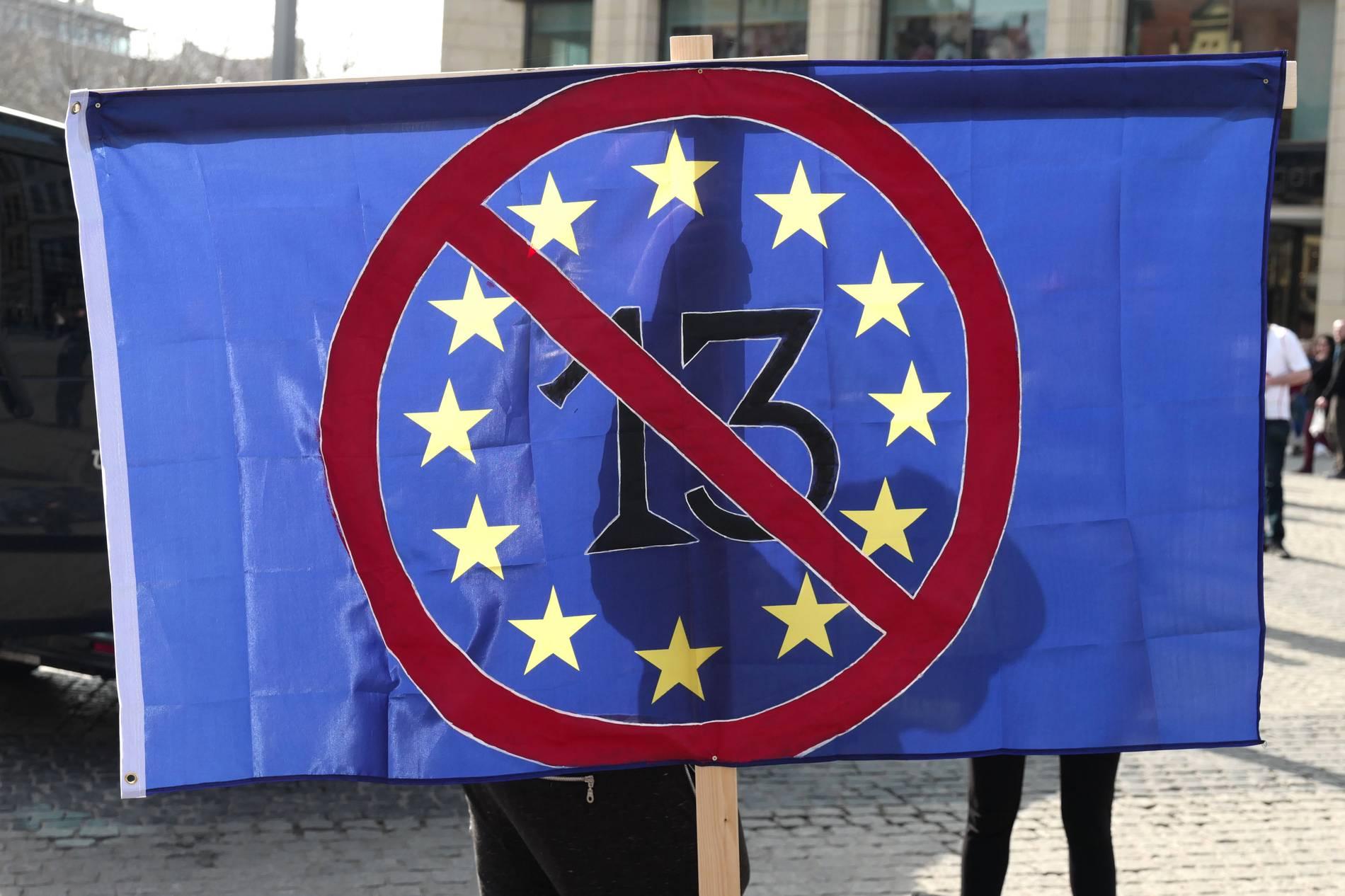artikel 17 abstimmung