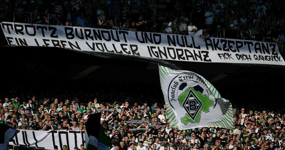 Borussia Mönchengladbach Fans Beleidigen Leipzig Trainer Ralf Rangnick