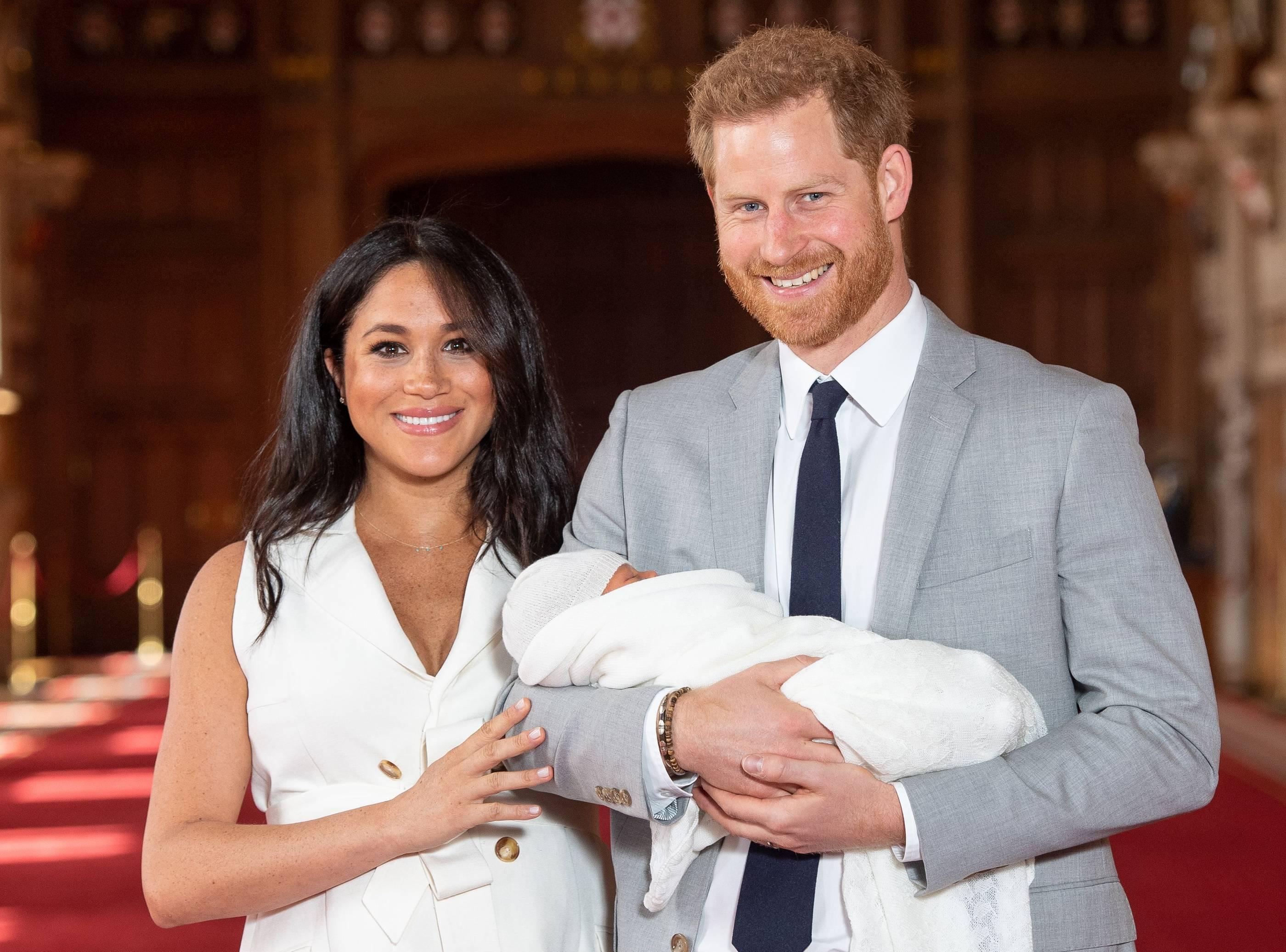 Royals Prinz Harry Und Meghan Markle Zeigen Ihr Baby