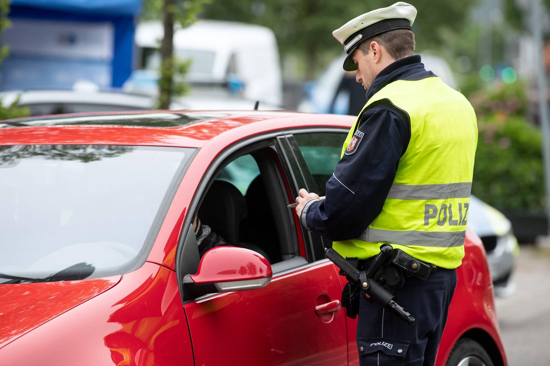 Autofahrer anzeigen online dating