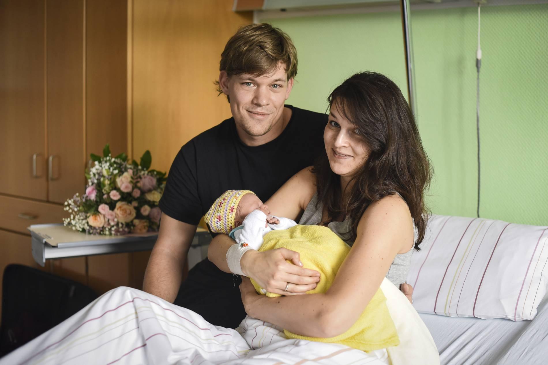 Mönchengladbach 50000 Geburt Im Krankenhaus Neuwerk