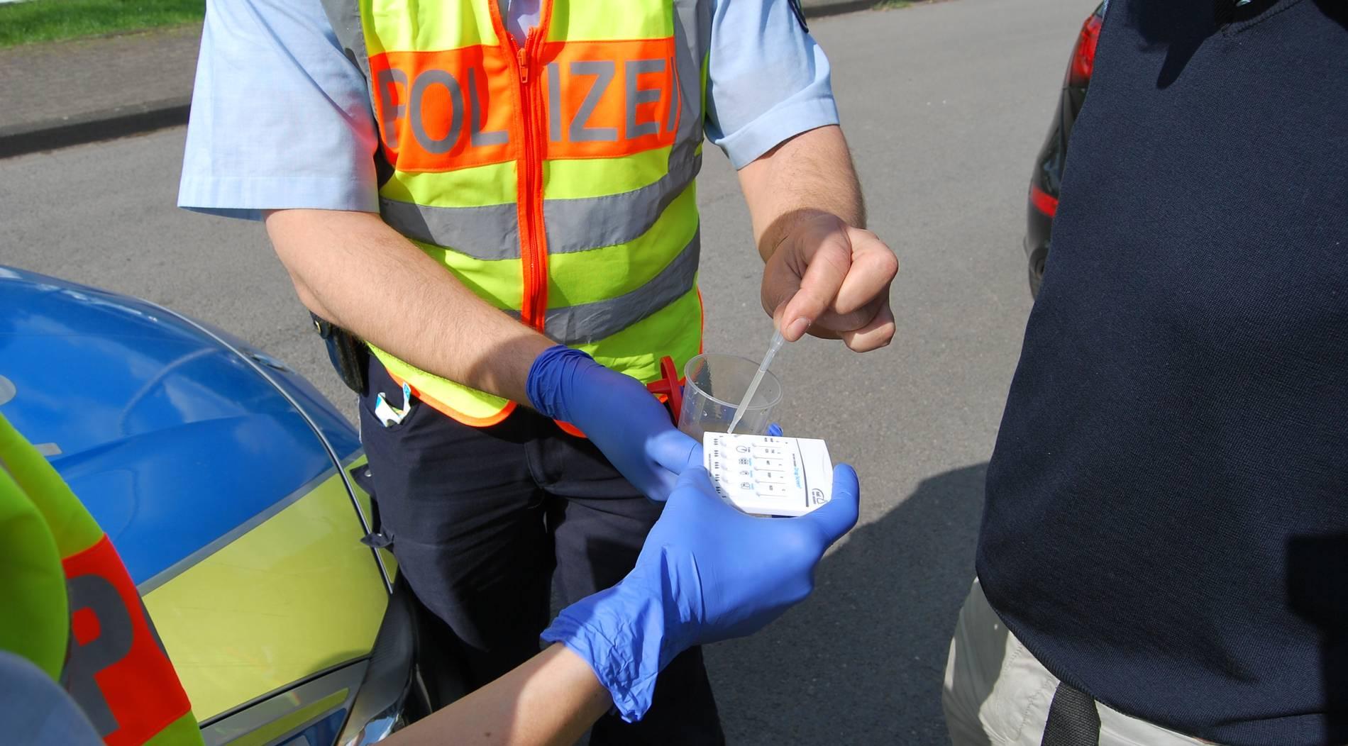 Drogentest bei sechs Fahrern positiv
