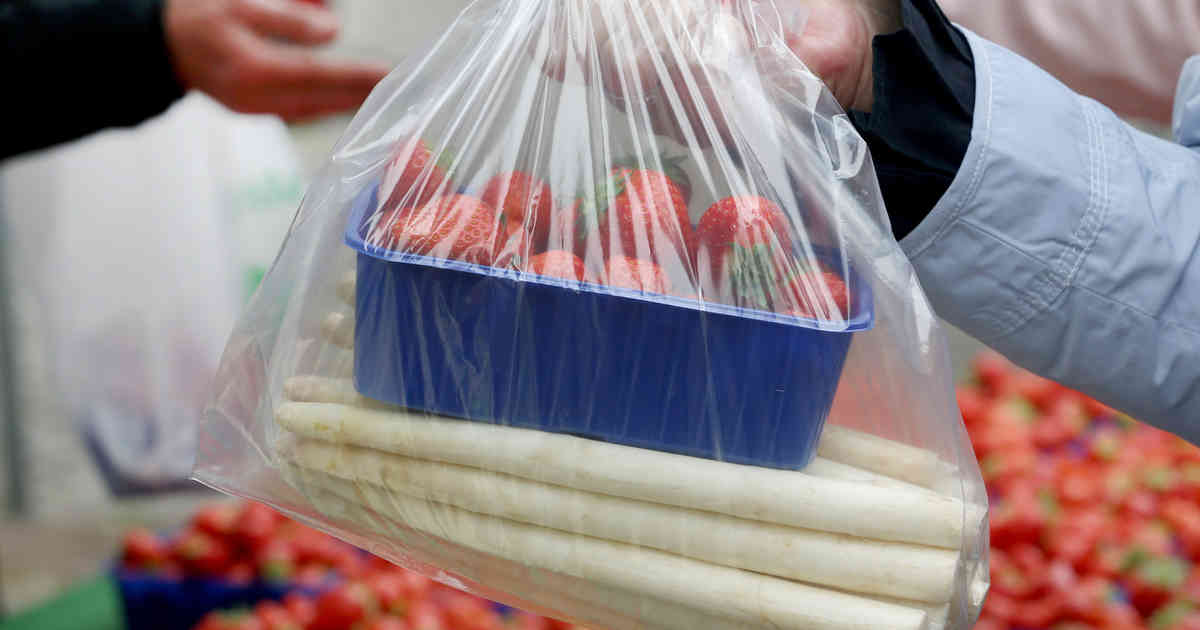 Kaum Erdbeeren, aber jede Menge Spargel