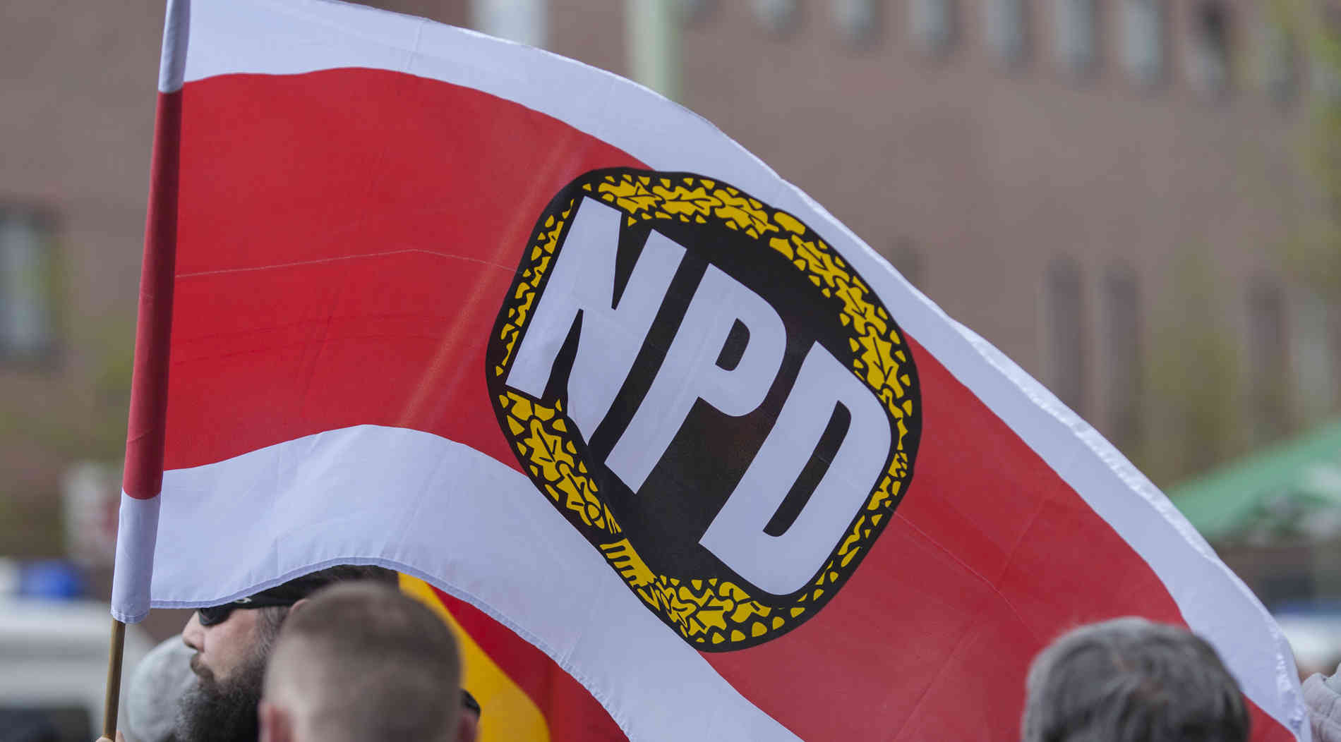 NPD-Plakate in Krefeld zugelassen