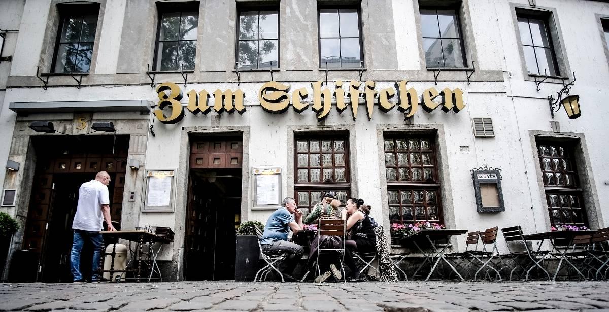 traditionsrestaurants in der gastronomie in d sseldorf in. Black Bedroom Furniture Sets. Home Design Ideas
