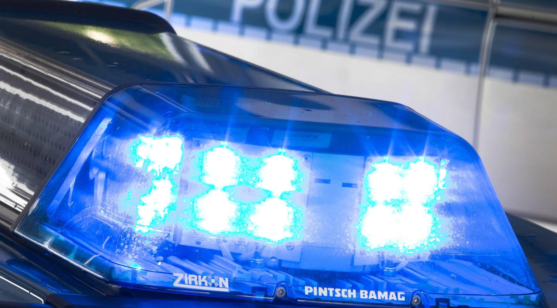 Strafanzeigen und Verletzte bei Rechten-Demo in Duisburg