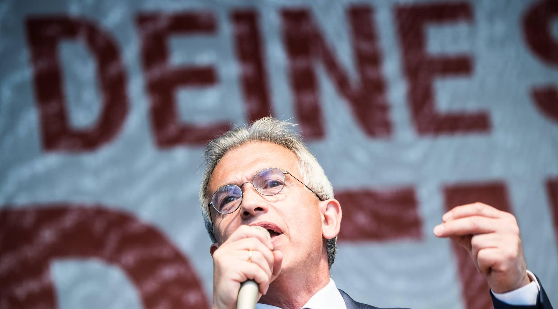Köln gewinnt Stadtwette - Frankfurter Oberbürgermeister muss zum Karneval