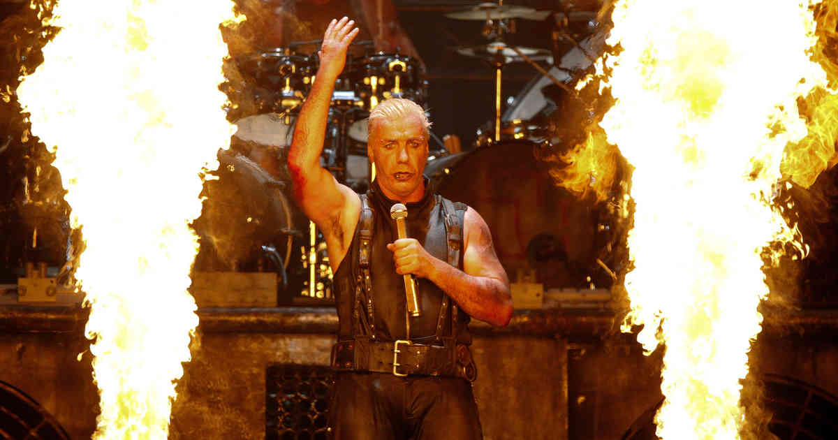 Rammstein - das war der Tourstart in Gelsenkirchen: Spiel mit dem Feuer