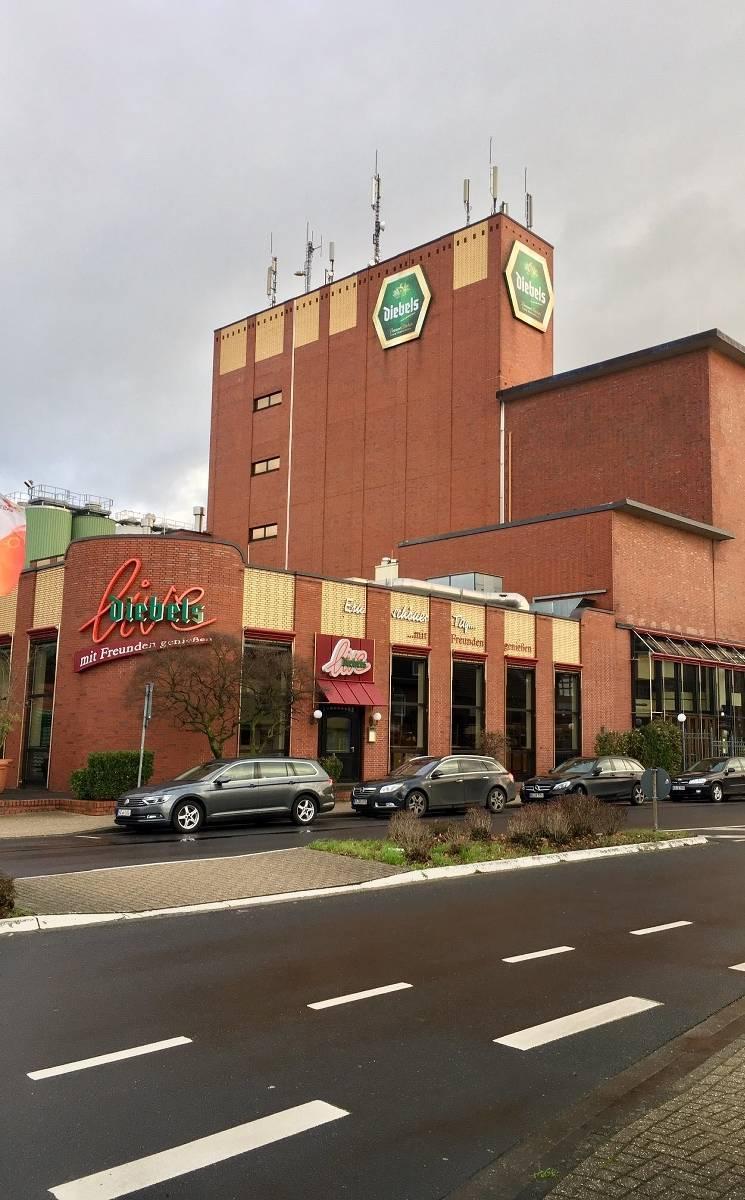 Issum Brauerei Diebels Produziert Bald Das Erste Alt Radler