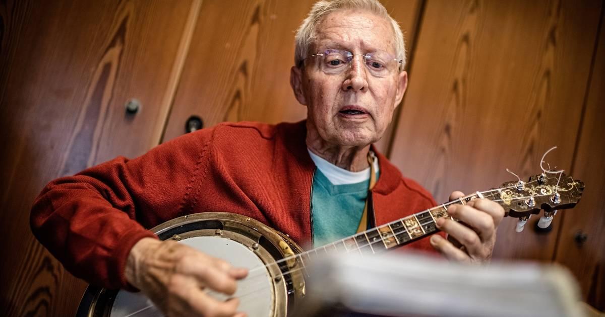 Düsseldorf-Lörick: Der einzige Banjo-Club Europas probt in einem Pfarrsaal