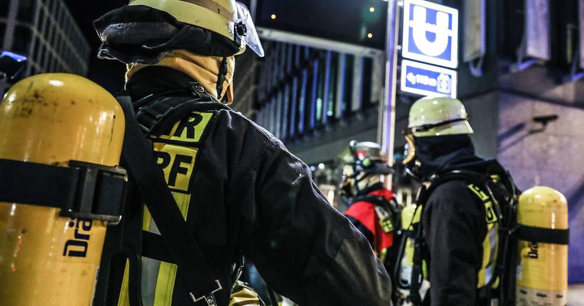 Düsseldorf: Brandschutzübung an der U-Bahn-Haltestelle Benrather Straße