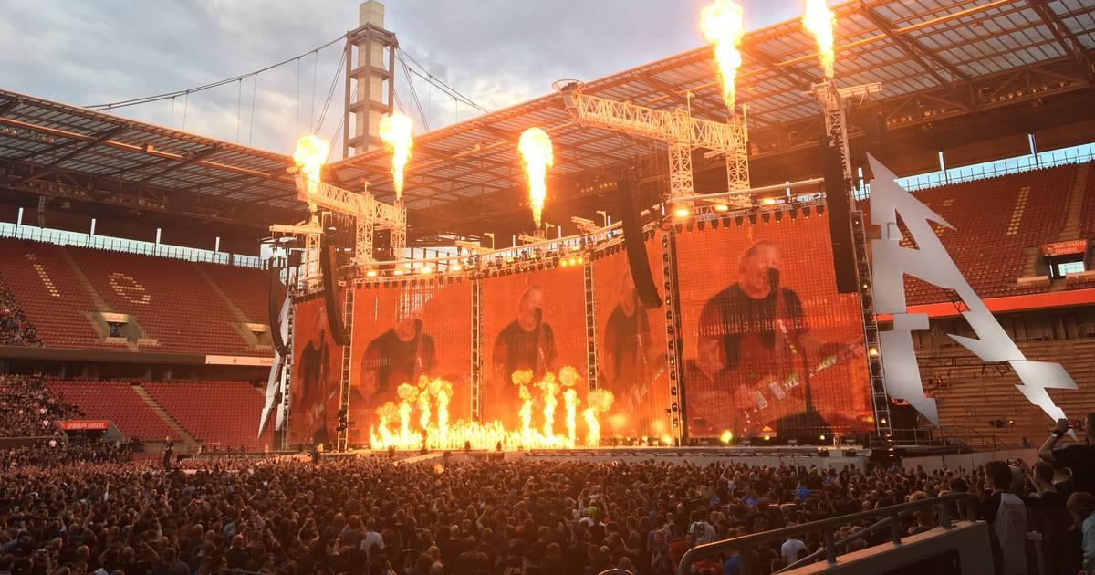 """Köln: Metallica spielen """"Viva Colonia"""" in RheinEnergie-Stadion bei Konzert"""