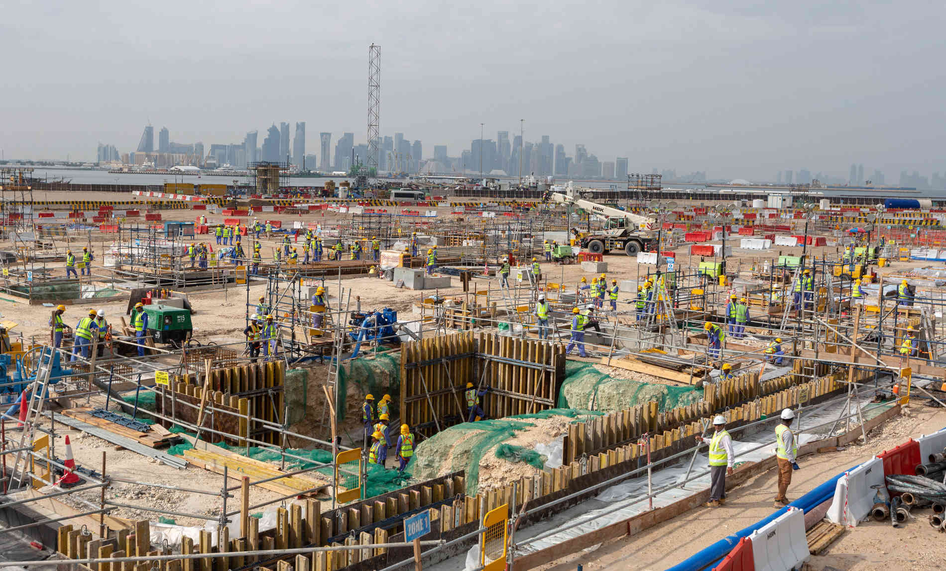 Fussball Wm 2022 In Katar Wie Das Kafala System Ausbeutung