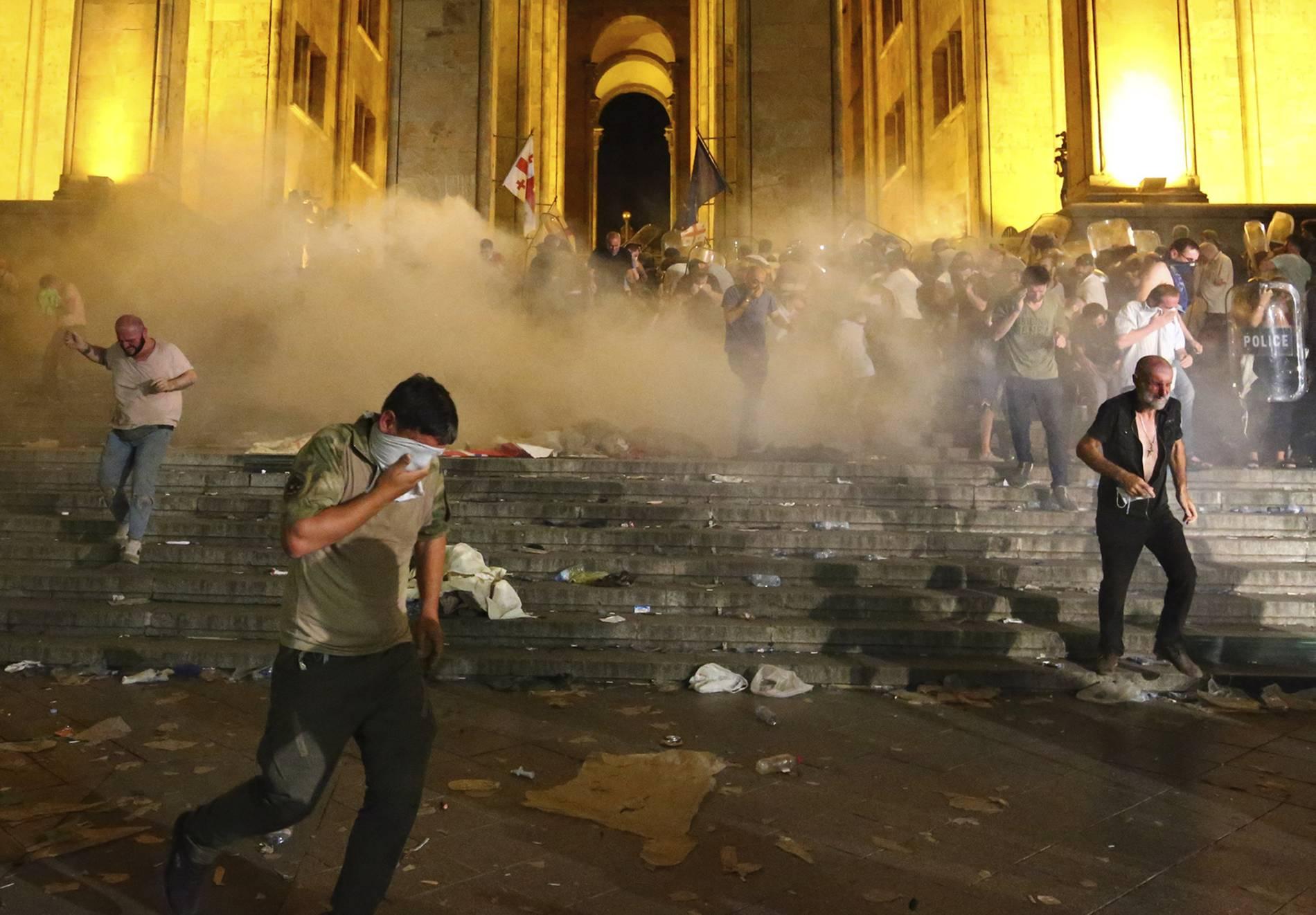 Georgien: Zahlreiche Verletzte bei Anti-Russland-Protesten