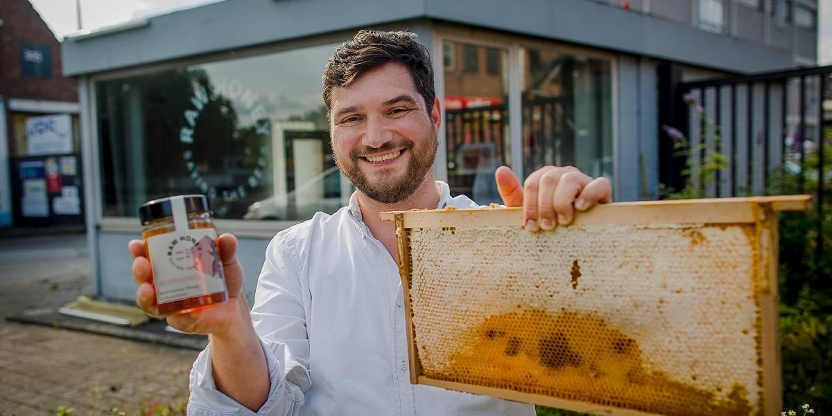 Raw Honey: Honig Start-up aus Düsseldorf - Honig mit Schoko-Geschmack