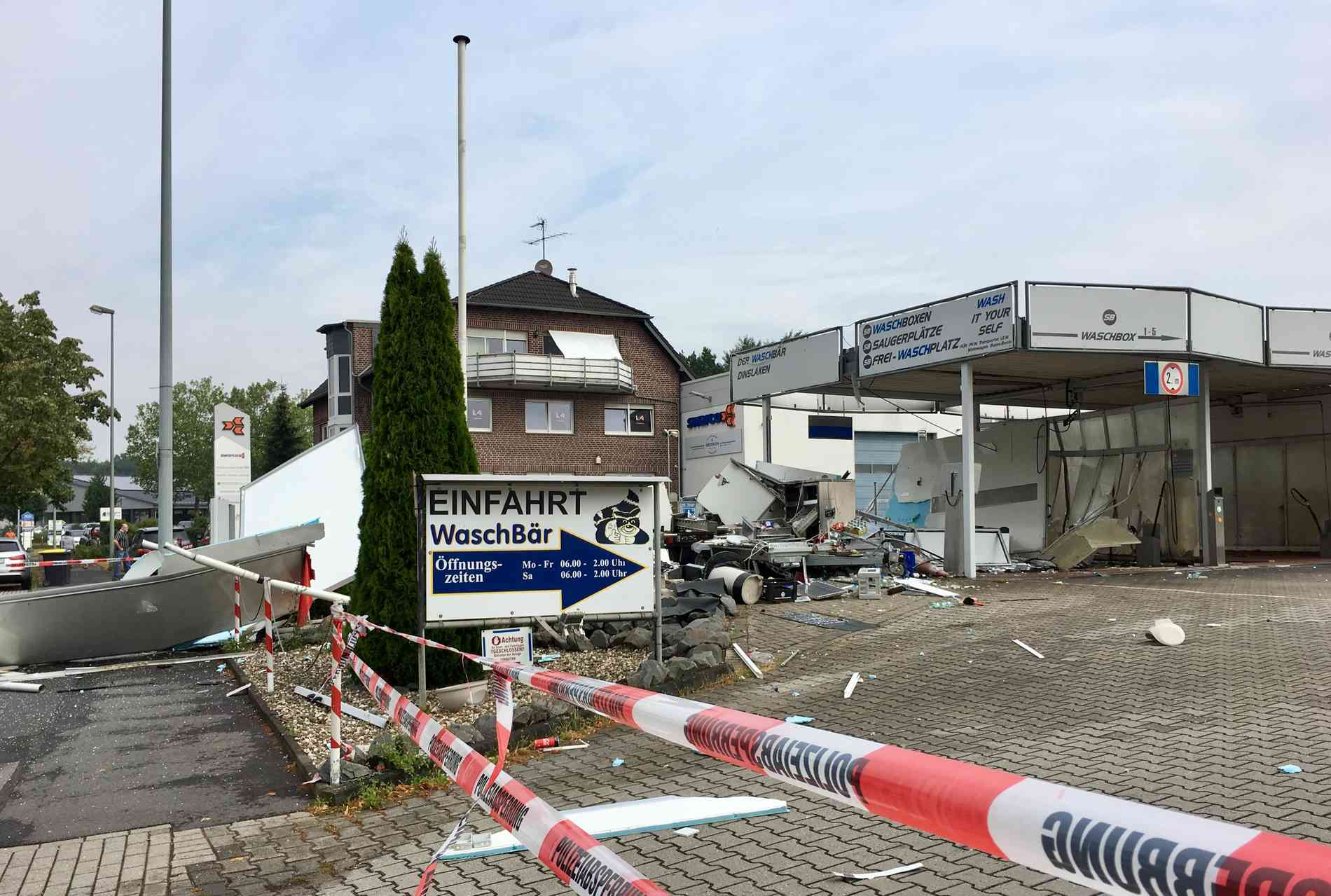 Dinslaken Hiesfeld Foodtruck An Kurt Schumacher Strasse Explodiert