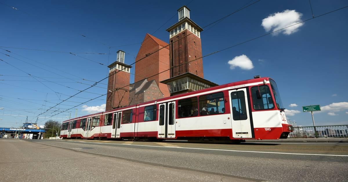 Duisburg: So kommen Sie mit dem ÖPNV zum Hafenfest