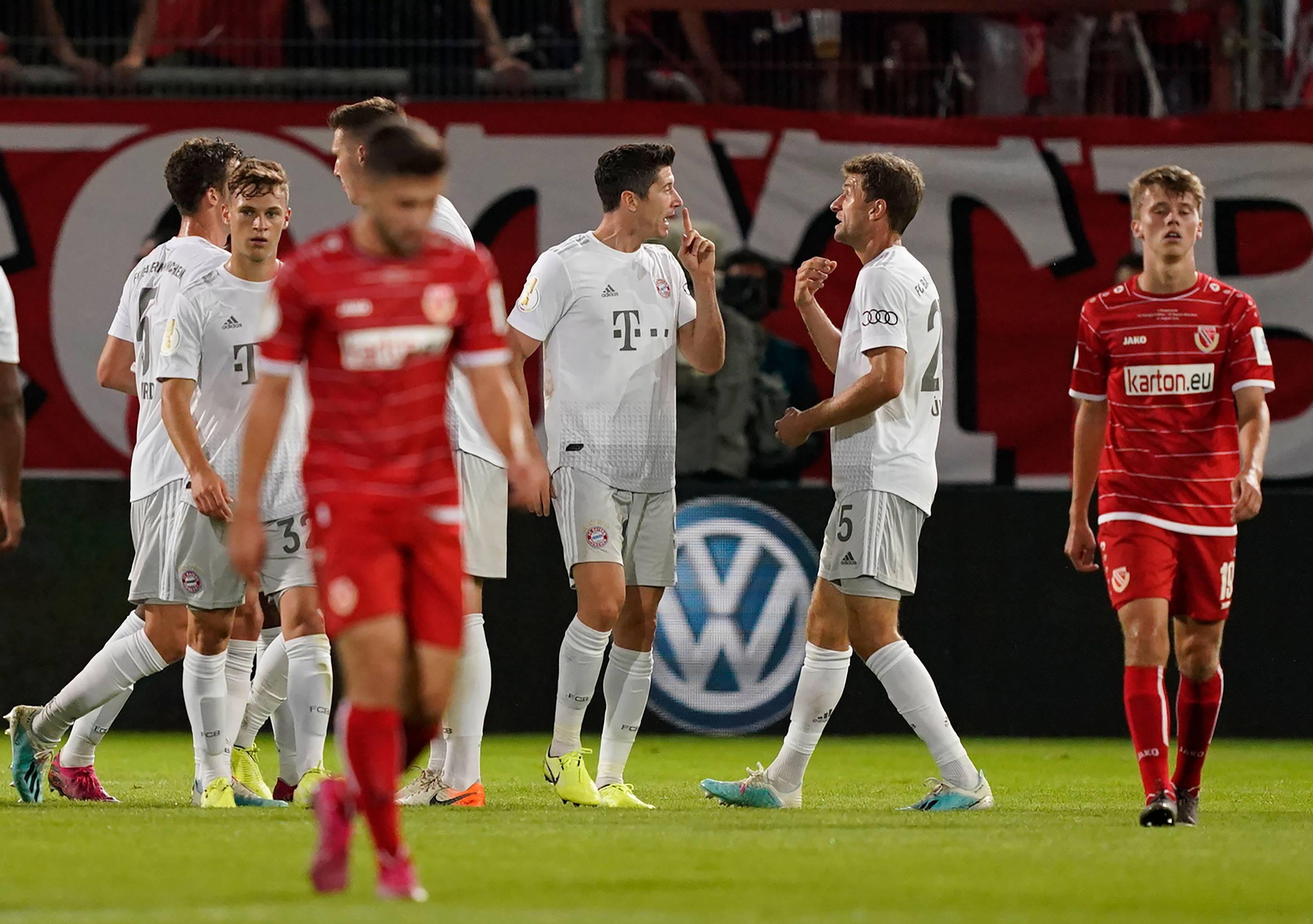 Energie Cottbus Gegen Bayern München