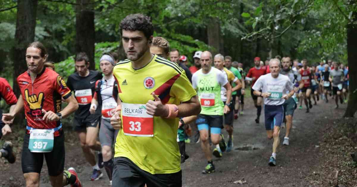 Sengbach-Talsperrenlauf: Läufer bewältigen den berüchtigten Berg