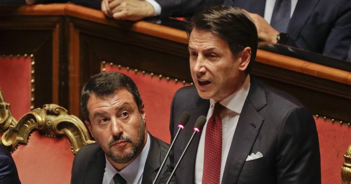 Regierung in Italien geplatzt: Giuseppe Conte bietet Rücktritt an