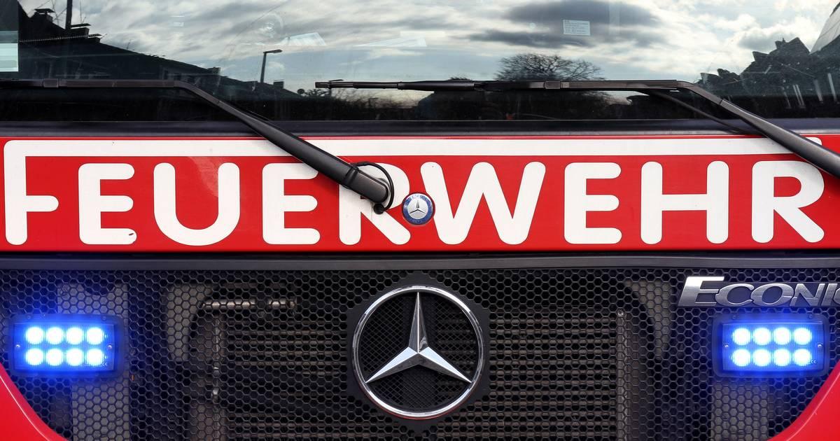 Wassenberg-Ophoven: Feuerwehrleute suchen Rur mit Boot und Drohne ab