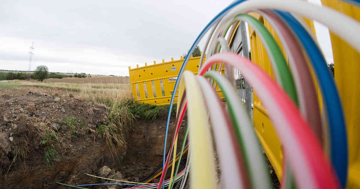 Glasfaser-Ausbau in Mönchengladbach: 1000 Haushalte bekommen schnelles Internet