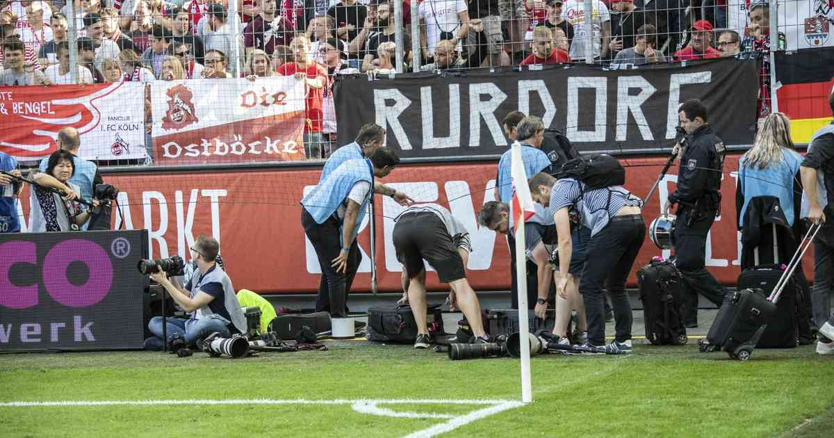 Borussia Mönchengladbach gegen 1. FC Köln: Rote Karte für Derby-Chaoten
