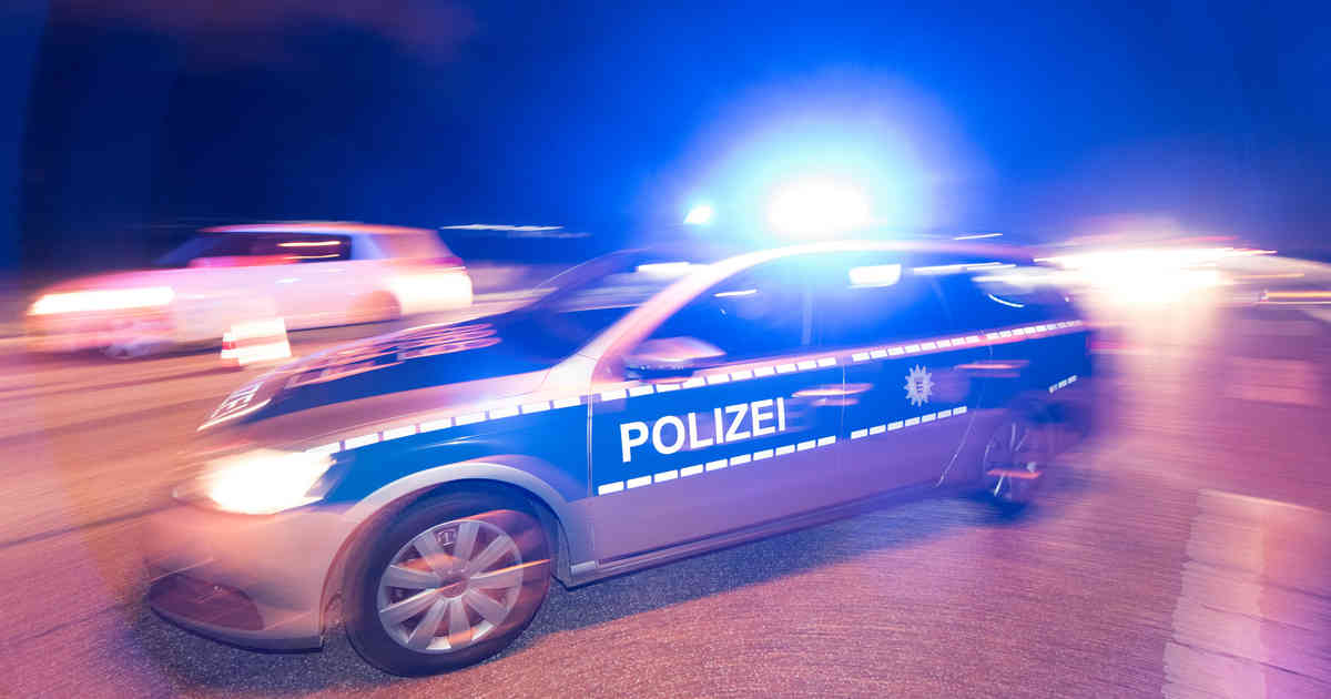 Kamp-Lintfort: Drei Männer mit Pistole überfallen Kiosk