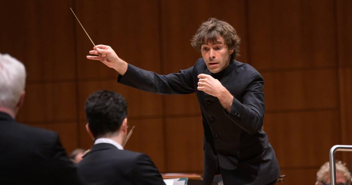 Duisburg: Gastdirigent Benjamin Shwartz sorgt für Konzertereignis