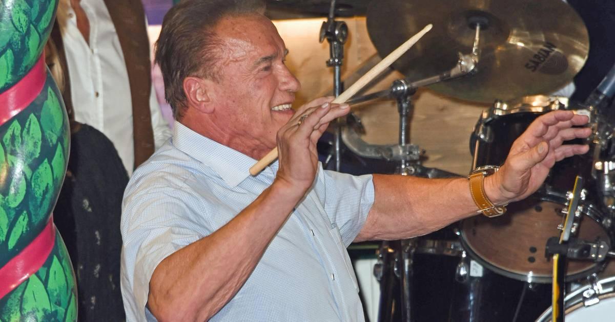 Oktoberfest München 2019: Arnold Schwarzenegger heizt das Bierzelt an