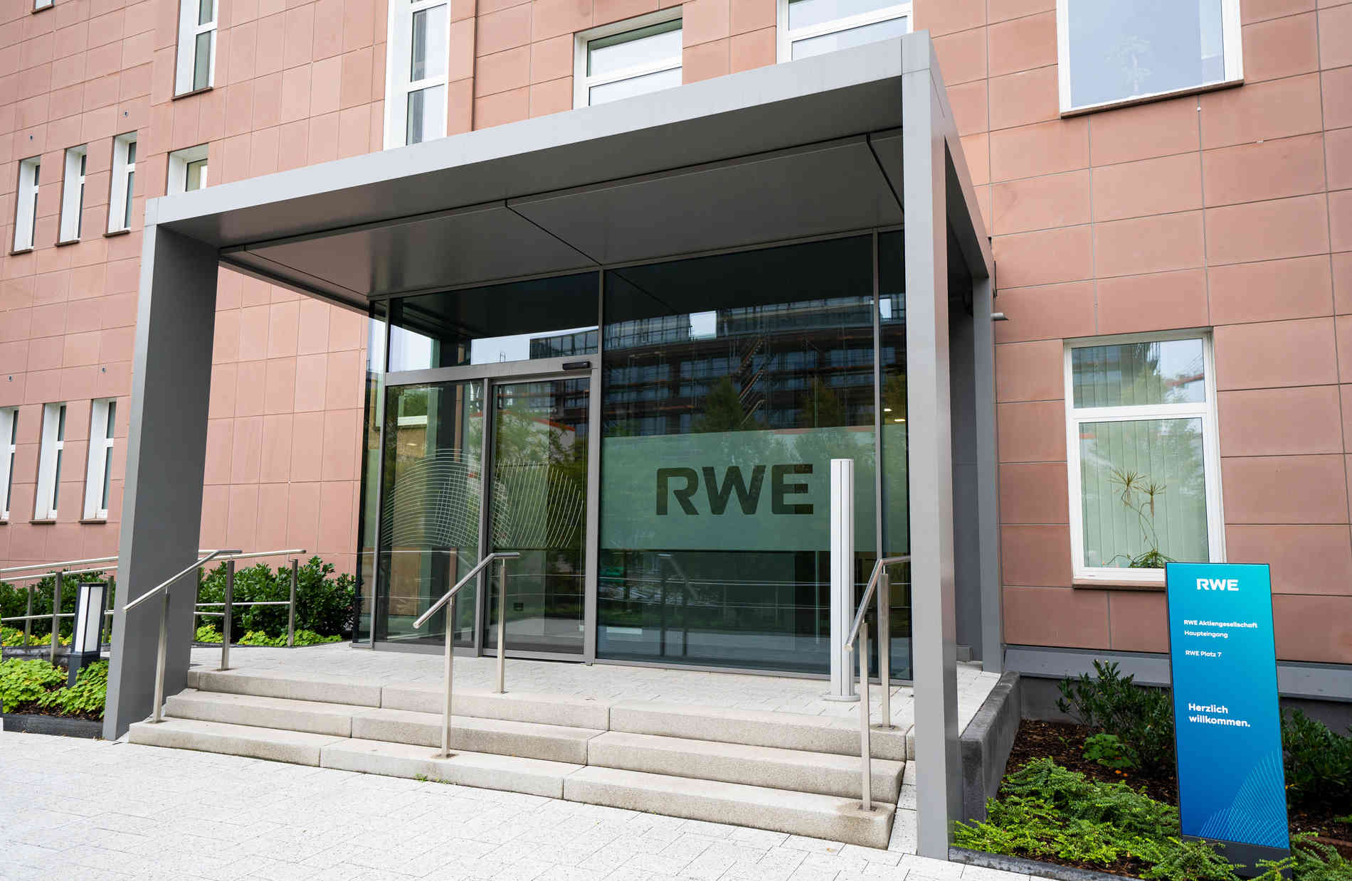 NRW: RWE will bis 2040 klimaneutral werden