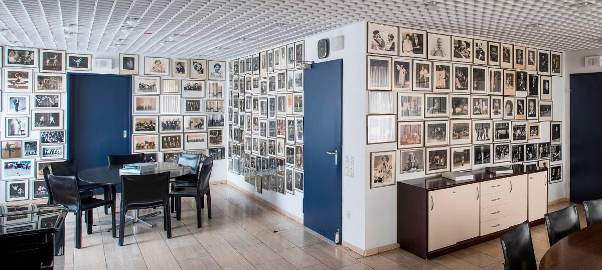 Bayer Kultur veröffentlicht Bildband 111 Jahre Erholungshaus in Leverkusen