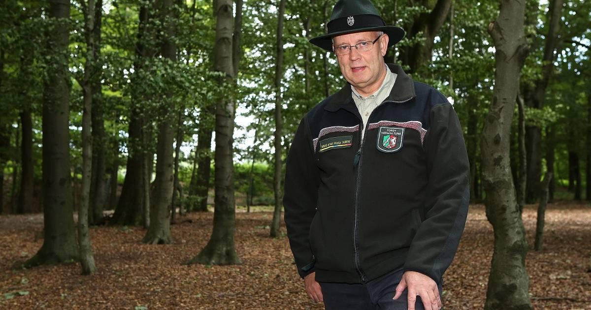 Radevormwald: Förster Bernhard Priggel spricht über die Geschichte der Jagd