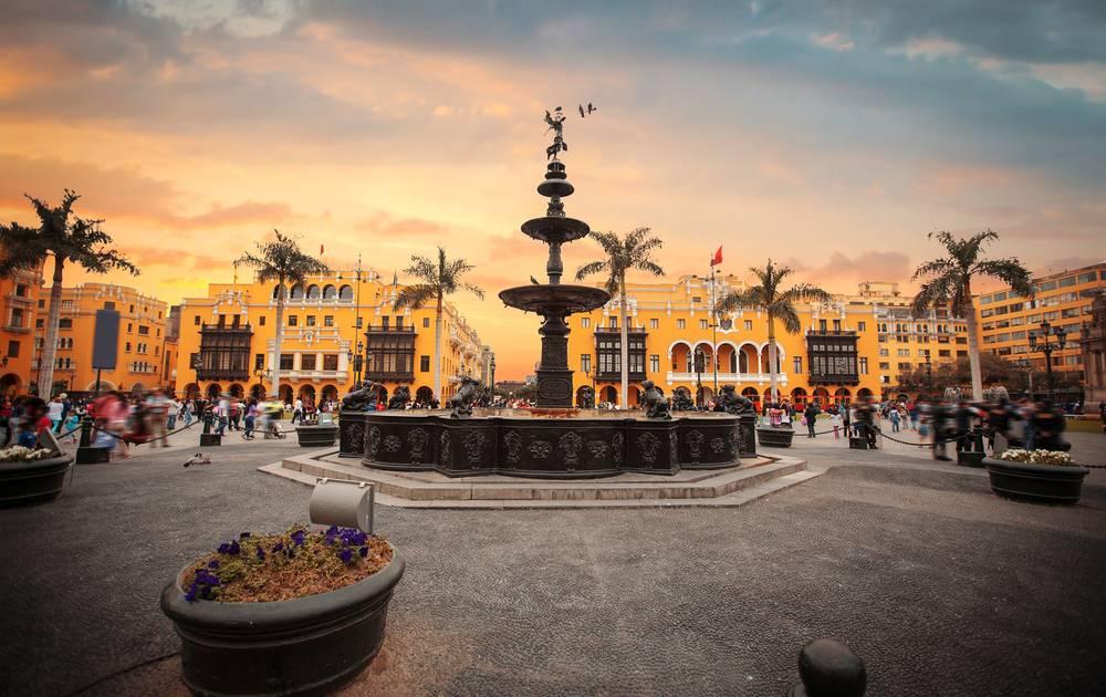 Peru: Die Hauptstadt Lima und ihr farbenfroher Charme