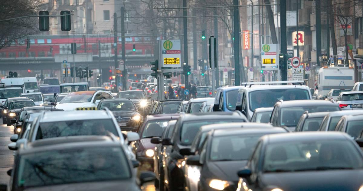Pro & Contra: Ist die City-Maut für Düsseldorf sinnvoll?