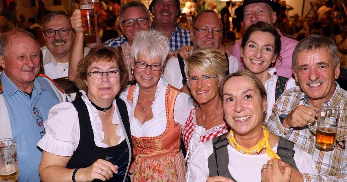 Leverkusen: Oktoberfest des Hitdorfer Geselligkeitsvereins.