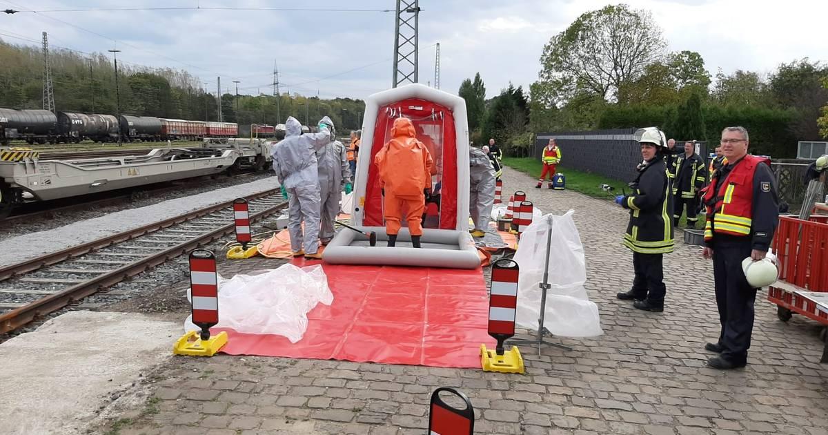 Gefahrstoffaustritt: Bahnstrecke zwischen Moers und Rheinberg gesperrt.