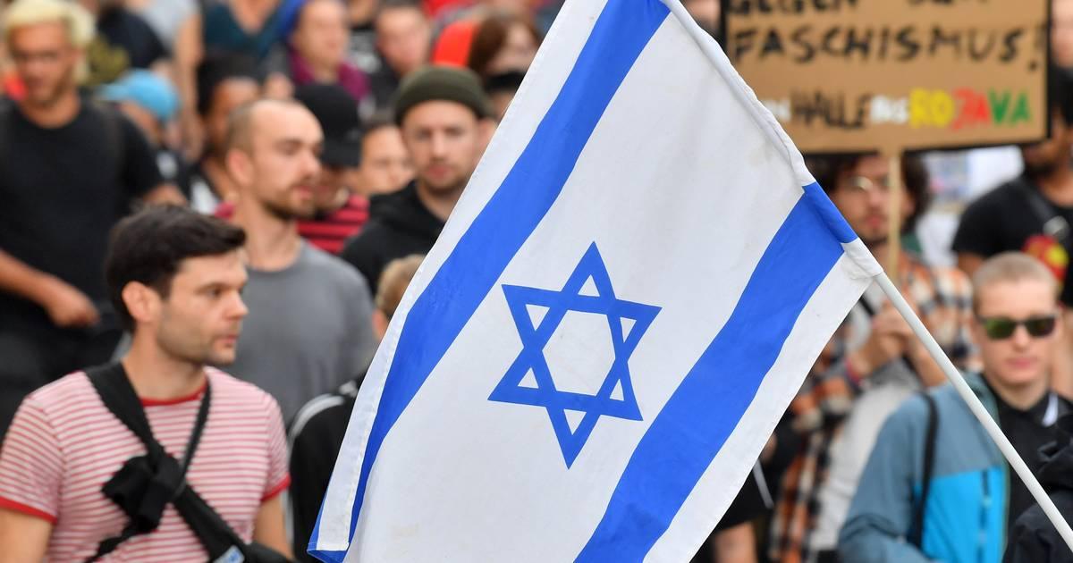 Nach Halle: Lehrerverband fordert bessere Ausbildung gegen Antisemitismus