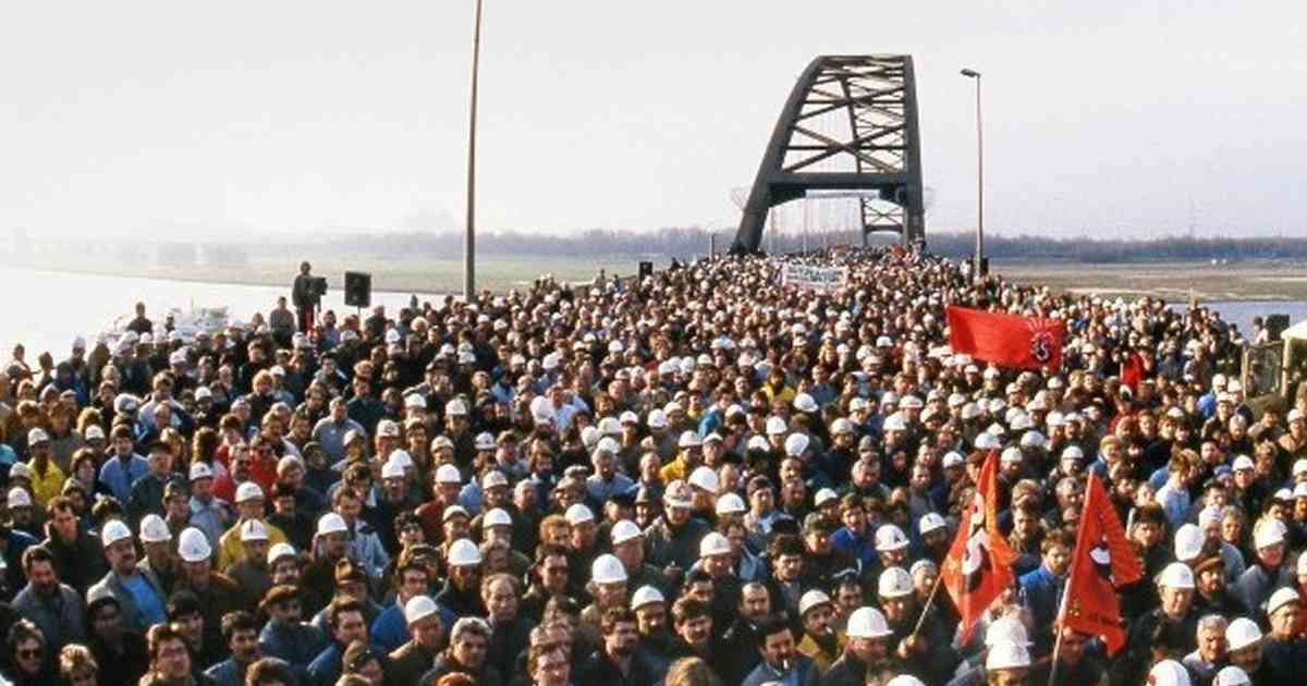 Duisburg: Feier zum 70-jährigen Bestehen des DGB mit Dieter Schulte